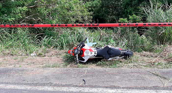 Muere motociclista en accidente carretero, en Nanchital